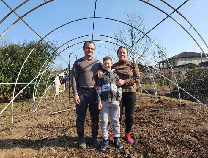 Greenhouses in Georgia Help Families Grow Harvests, Income