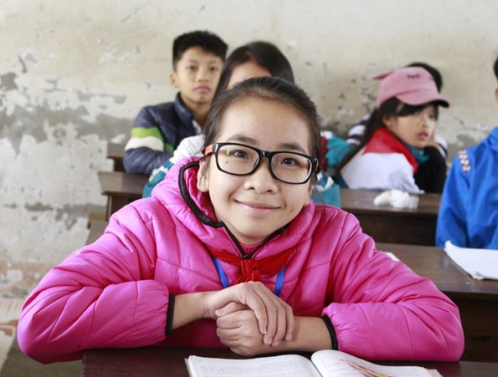 Free prescription eyeglasses correct vision so school kids
