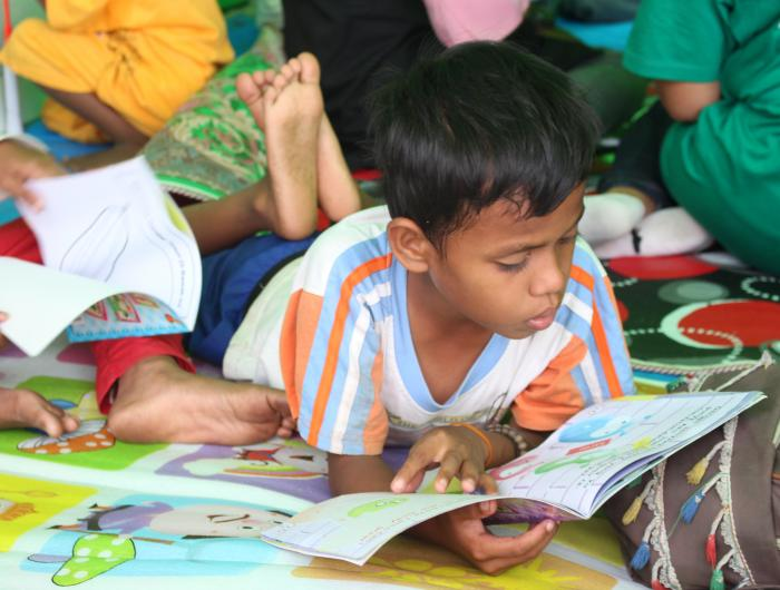 Sulawesi Emergency Response - Child Center Space Activities