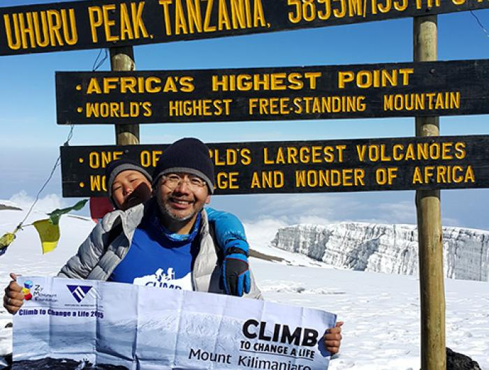 Zy and his father Walter on their journey up Kilimanjaro.